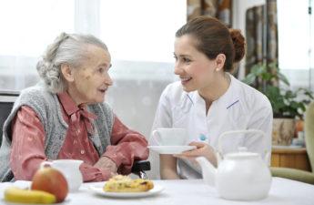 Tips hidup sehat lansia